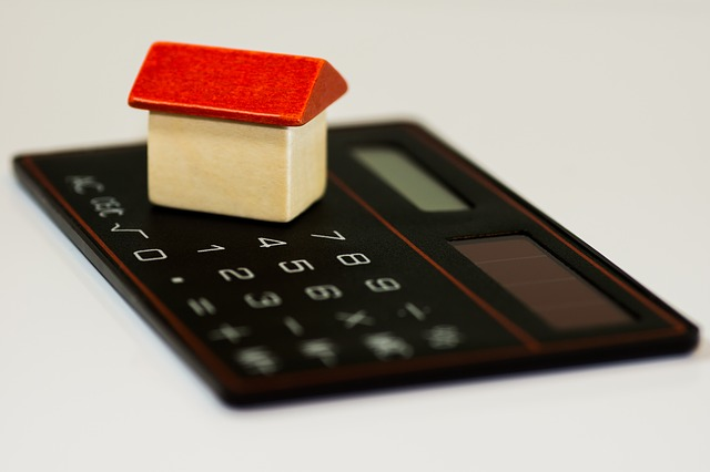 Determining the sum to charge tenants for the security deposit.