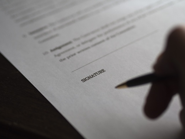 signature-contract